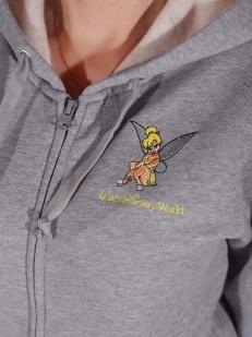 Стильное женское кенгуру от Disney® - вышивка