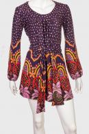 Стильное женское платье с ярким принтом