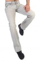 Стильные мужские джинсы из светлого денима