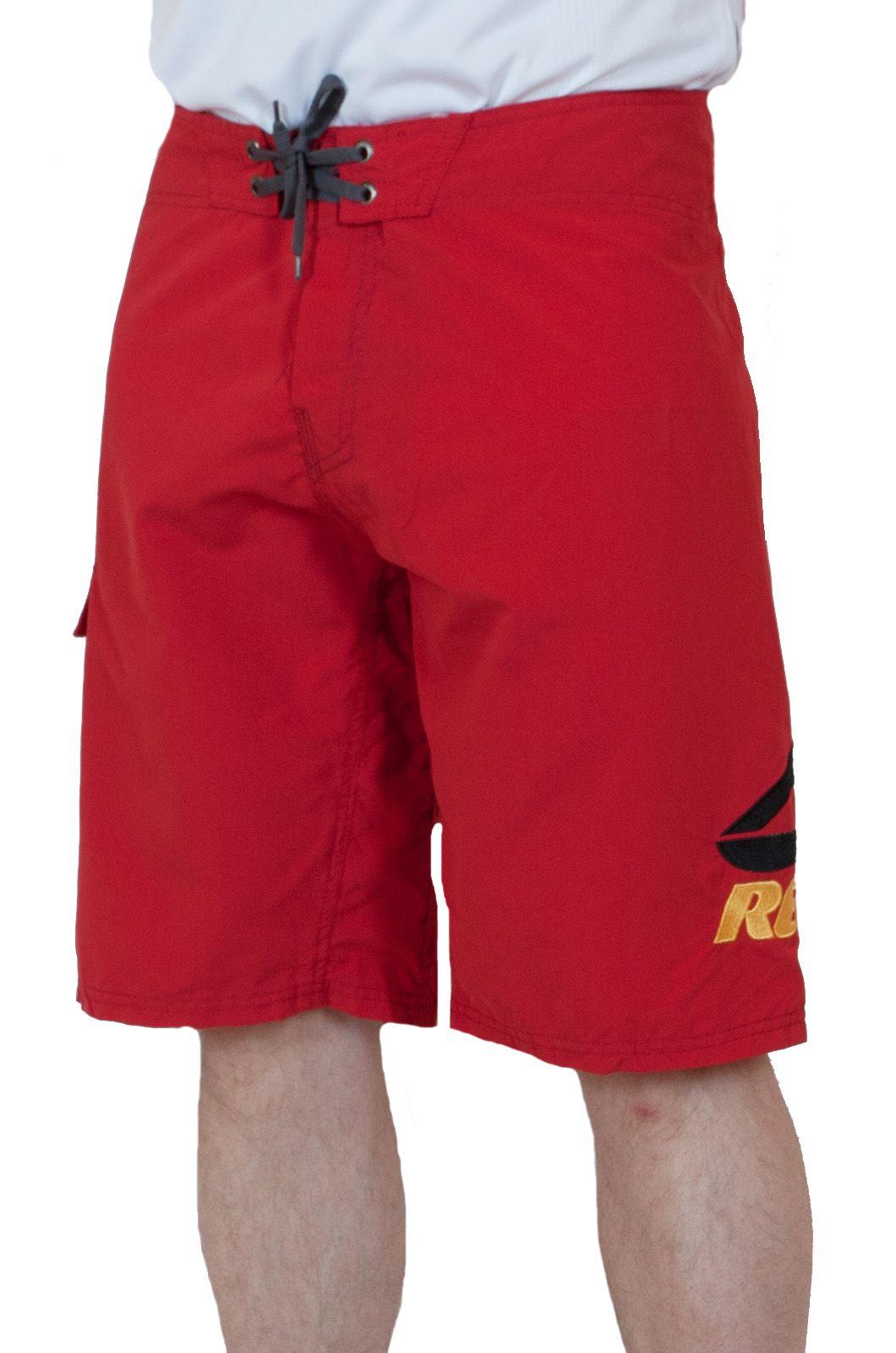 Стильные мужские шорты Reef - вид спереди