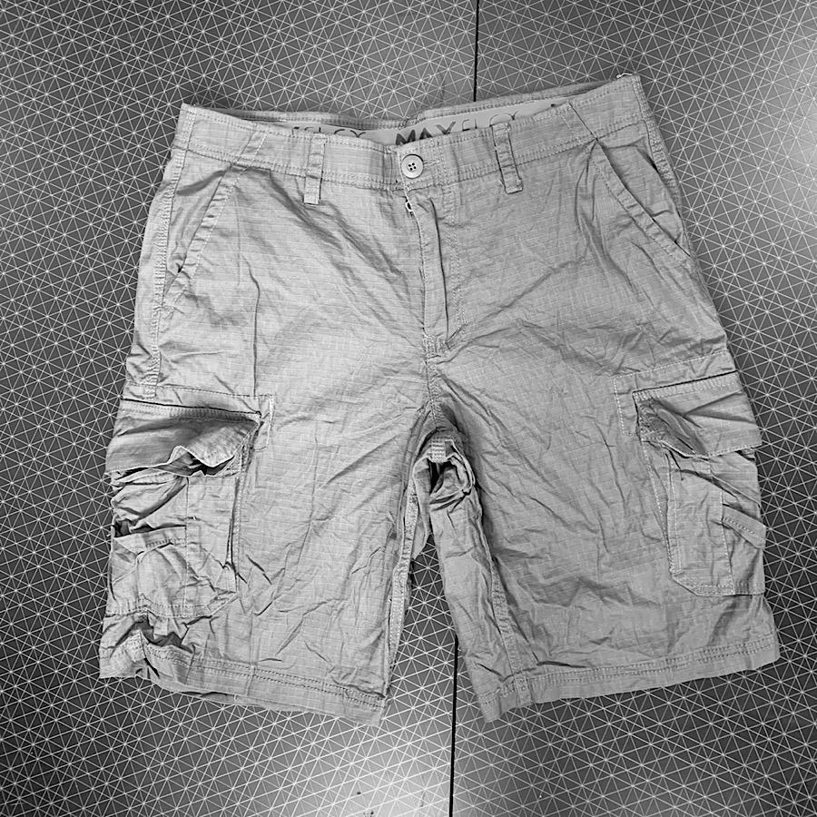 Стильные шорты с карманами от URBAN
