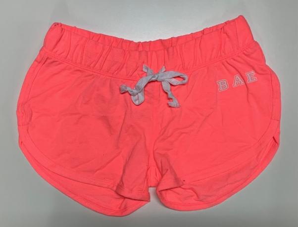 Стильные шорты женские розового цвета