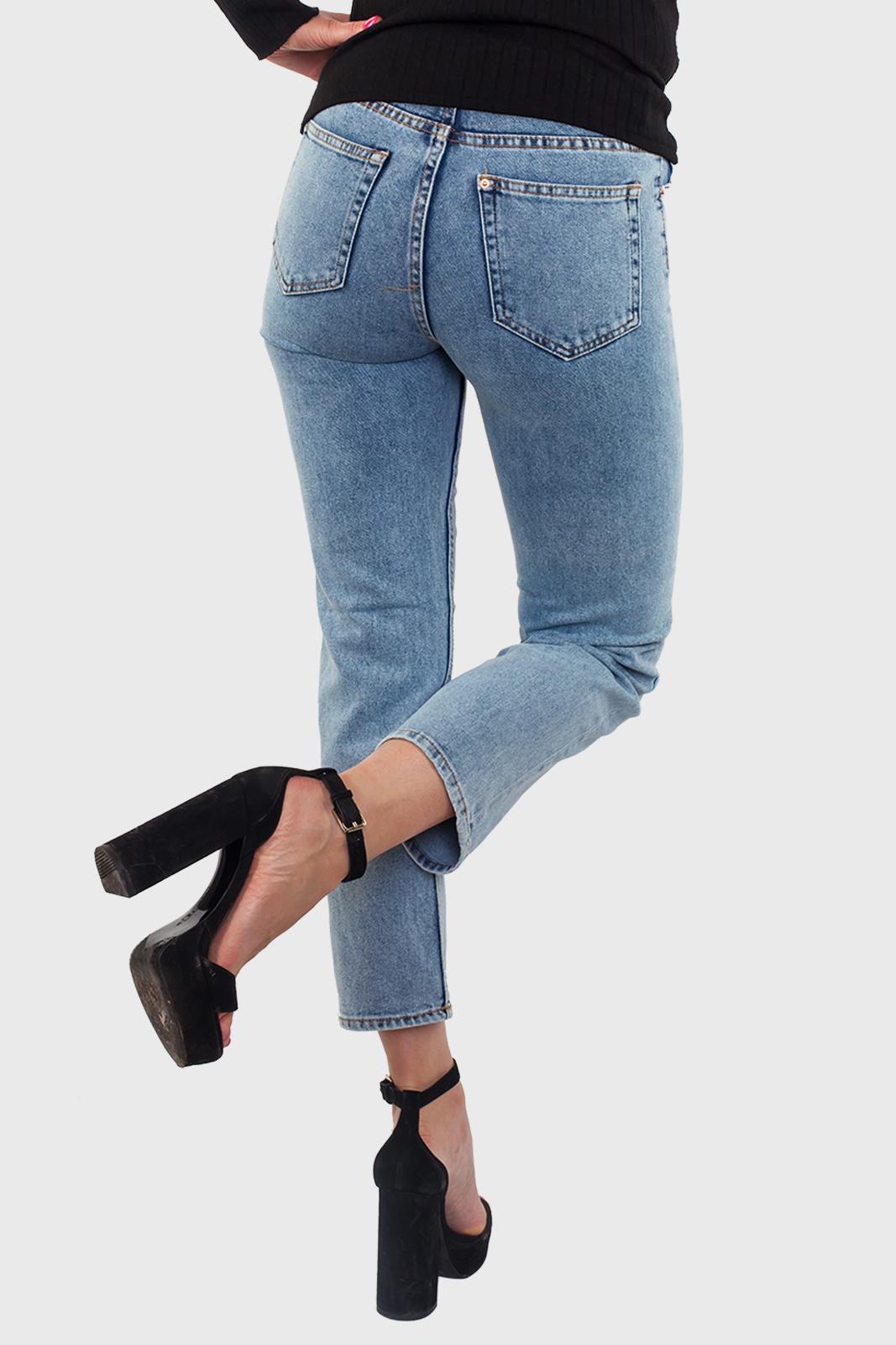 Стильные женские джинсы с удобной доставкой