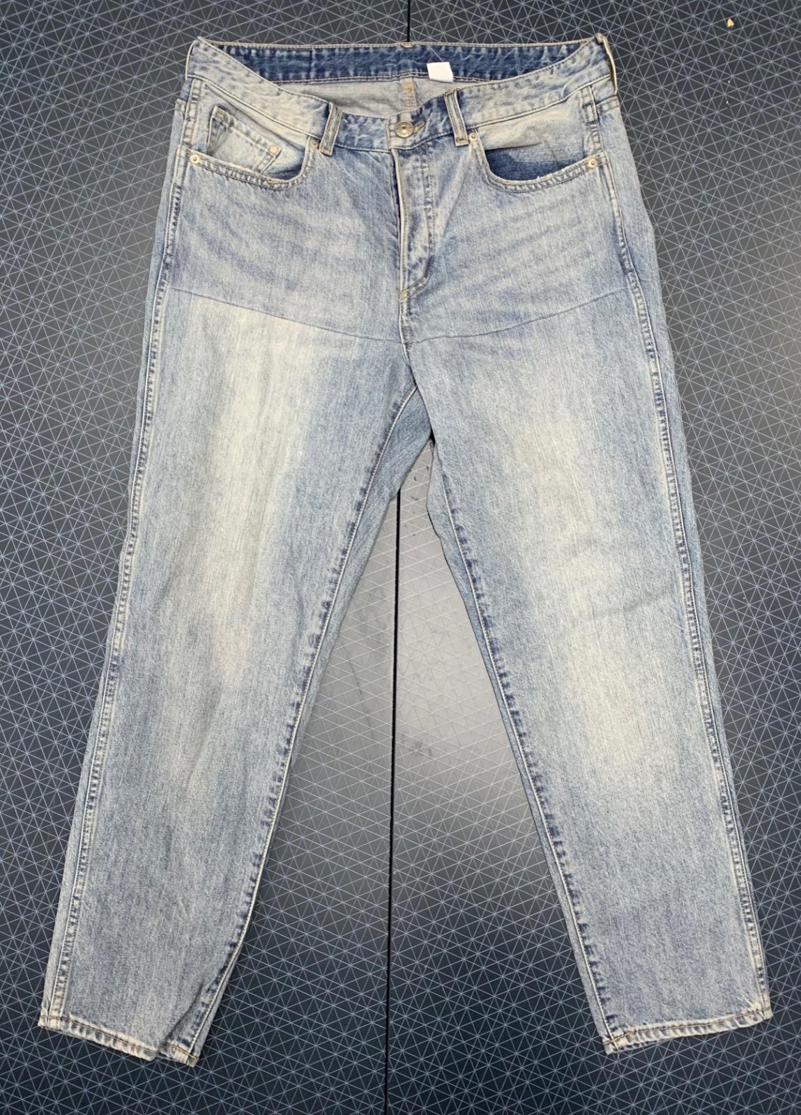 Стильные женские джинсы голубого цвета