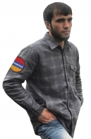 Строгая клетчатая рубашка с вышитым шевроном Армения