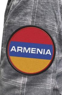 Строгая клетчатая рубашка с вышитым шевроном Армения - купить с доставкой