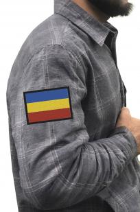 Строгая мужская рубашка с вышитым шевроном Казачий Флаг - купить в розницу