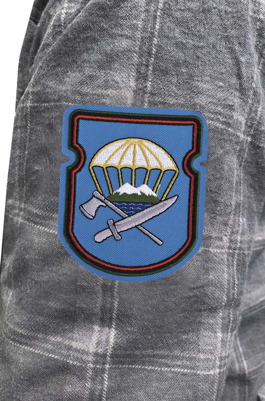 Строгая рубашка с вышитым шевроном 629-й ОИСБ 7-ой ДШД - купить выгодно