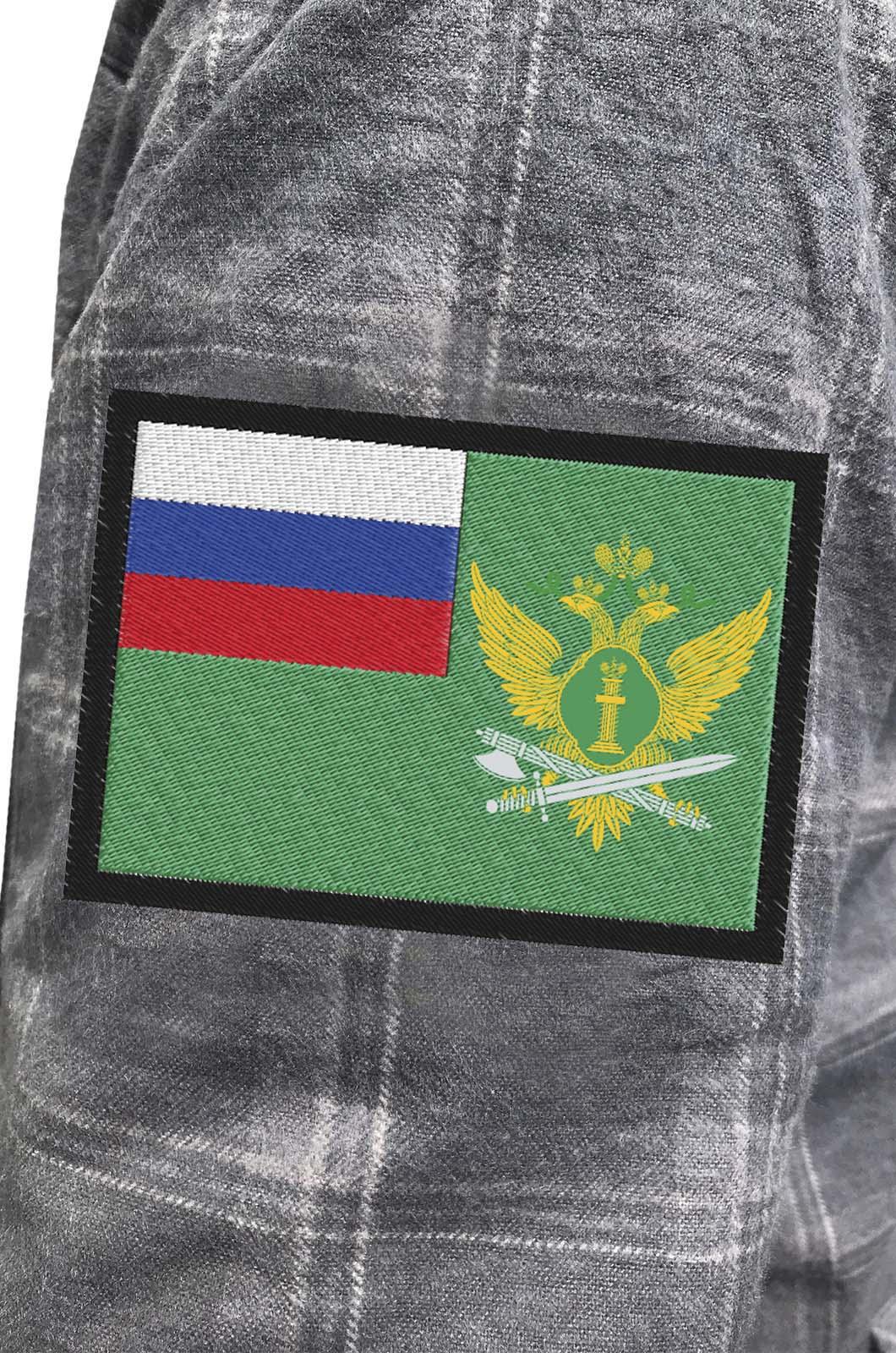 Строгая рубашка с вышитым шевроном ФССП - заказать в подарок