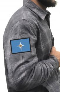 Строгая рубашка с вышитым шевроном МЧС России - купить онлайн
