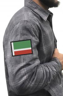 Строгая серая рубашка с вышитым флагом Чехии - купить в подарок