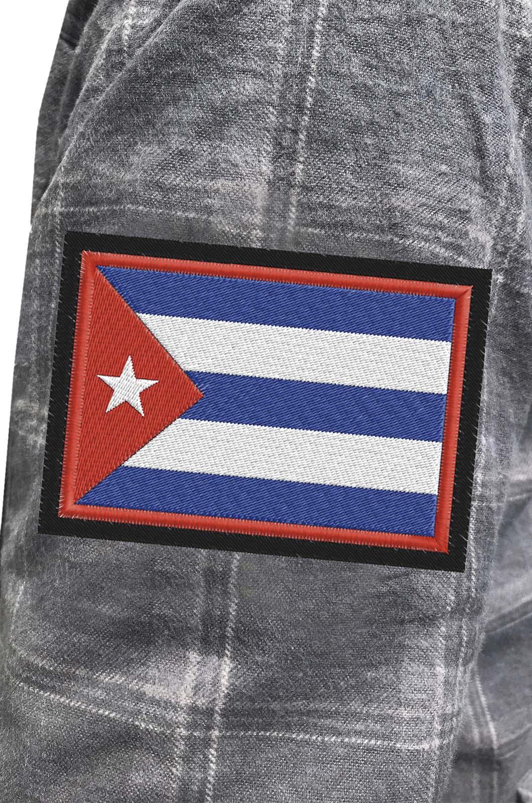 Строгая серая рубашка с вышитым флагом Кубы - купить по низкой цене