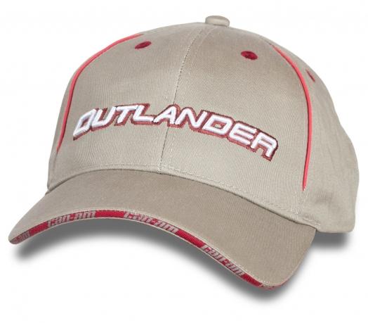 Светлая бейсболка Outlander.