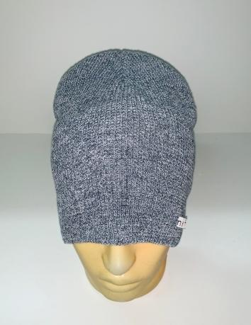 Светло-серая крутая шапка