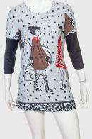 Светлое молодежное платье-туника с оригинальным рисунком от Marie Claire