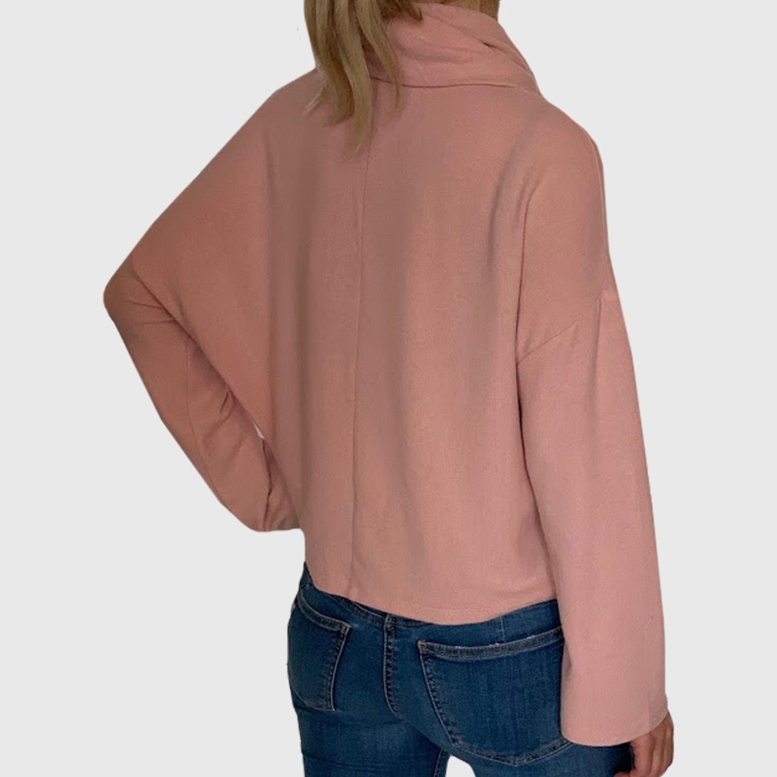 Купить в интернет магазине молодежный свитер для девушки
