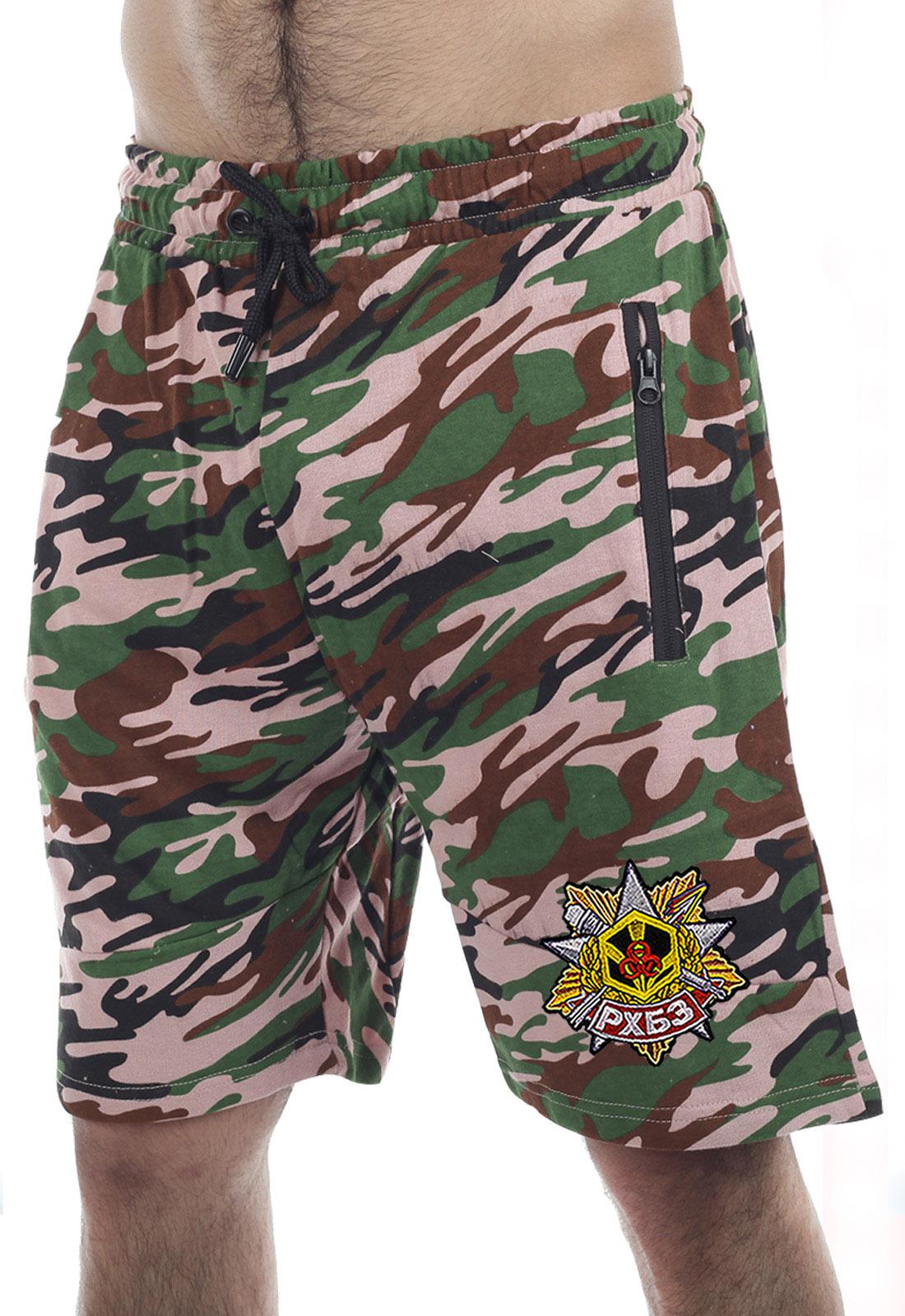 Купить свободные шорты особого фасона с нашивкой РХБЗ по выгодной цене