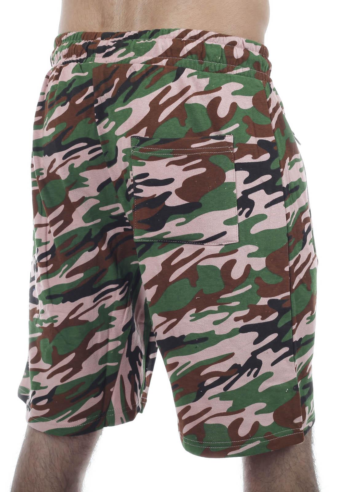 Свободные шорты особого фасона с нашивкой РХБЗ - заказать выгодно