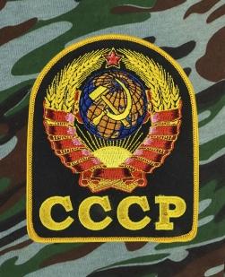 Свободные шорты удлиненного фасона с карманами и нашивкой СССР