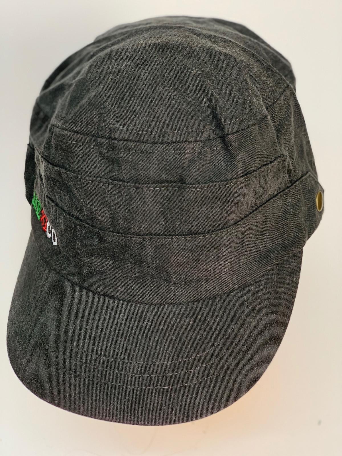 Темная кепка-немка с небольшой вышивкой