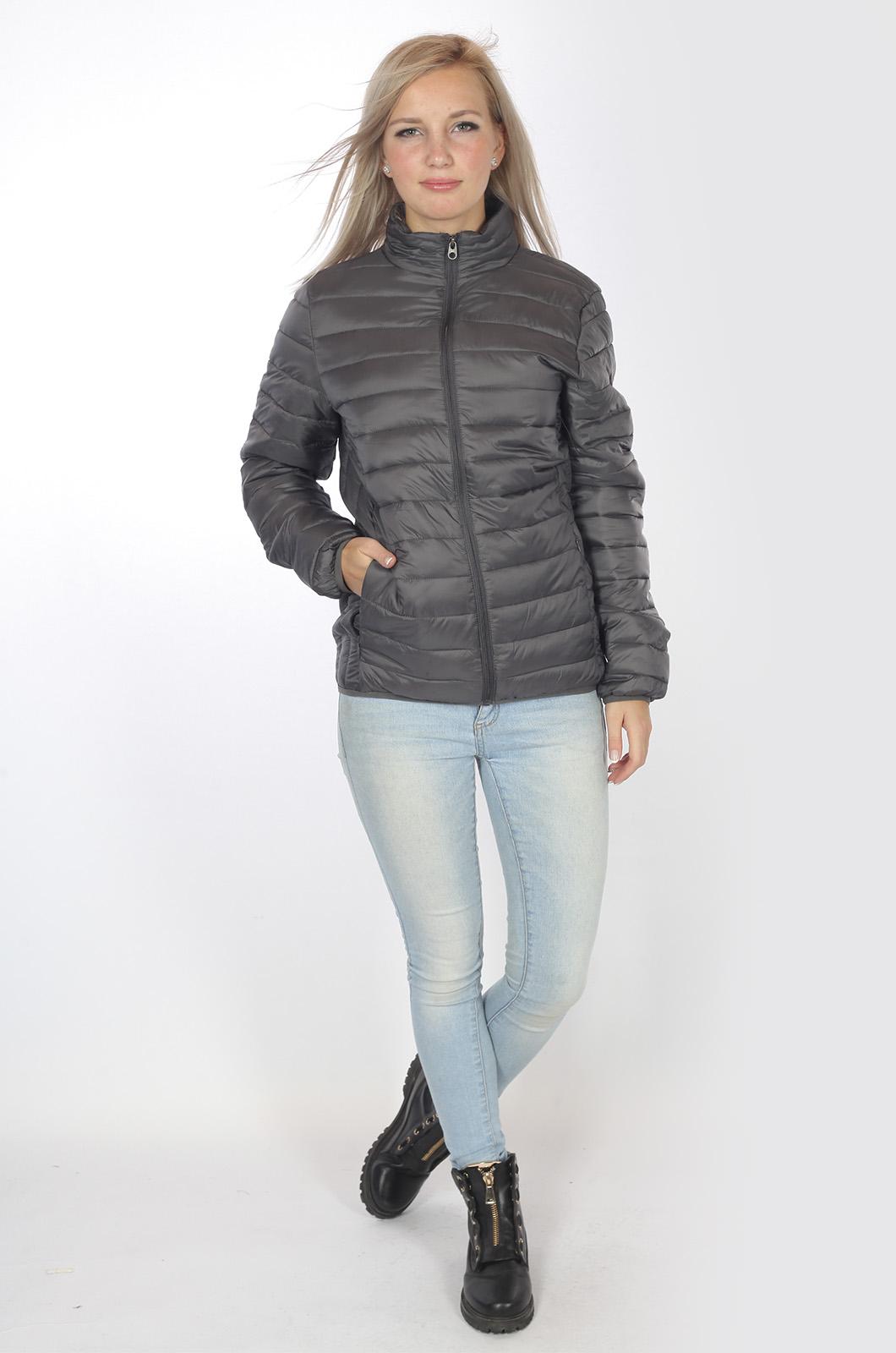 Укороченные женские куртки на теплую осень – недорого и модно