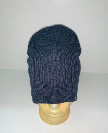 Темная трендовая шапка