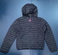 Темная женская куртка от CANADIAN