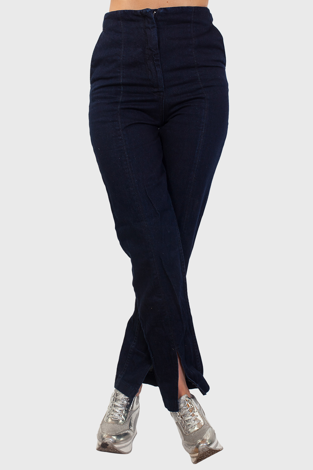 Заказать темно-синие прямые женские джинсы