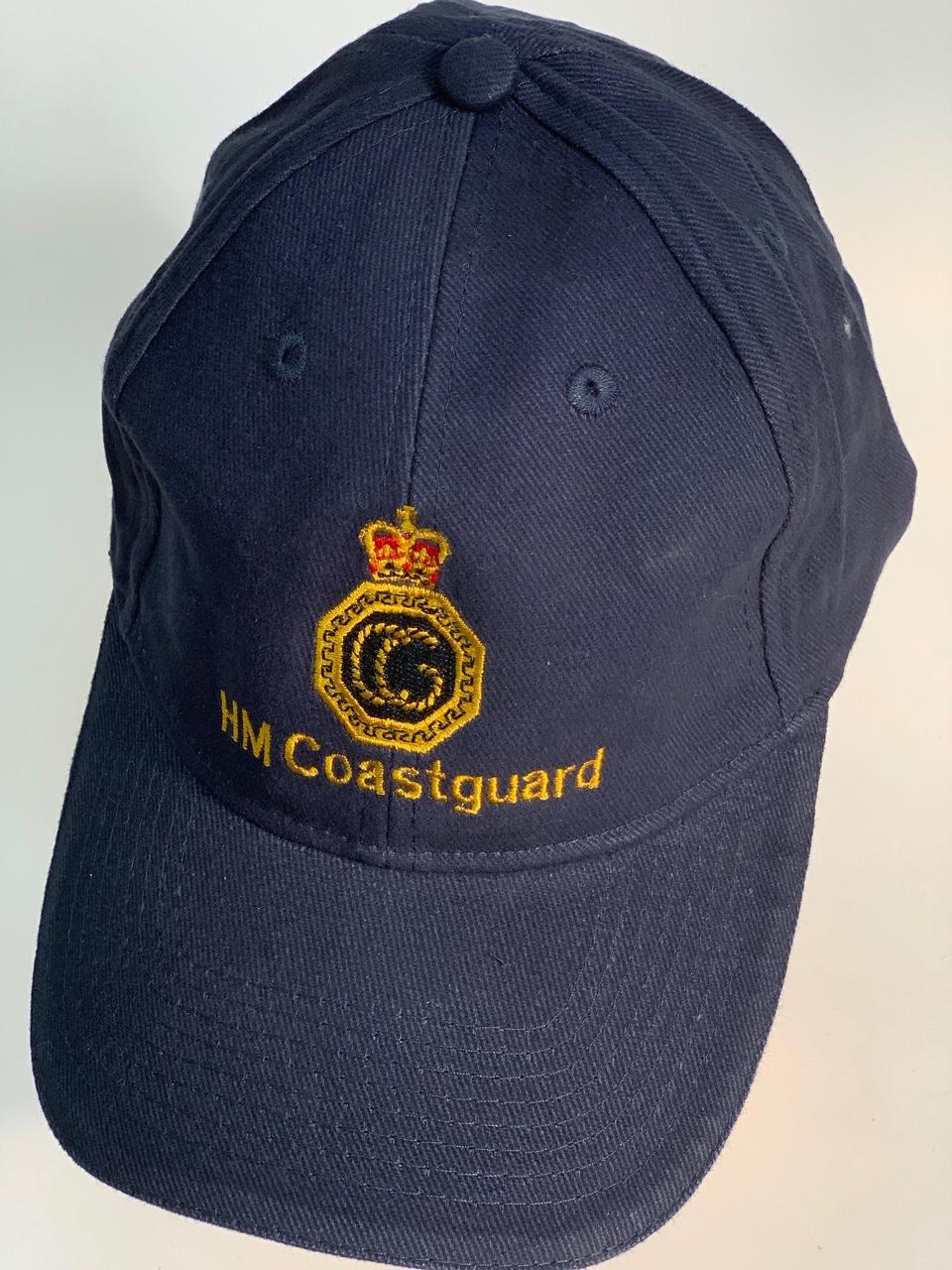Темно-синяя бейсболка с логотипом HM Coastguard