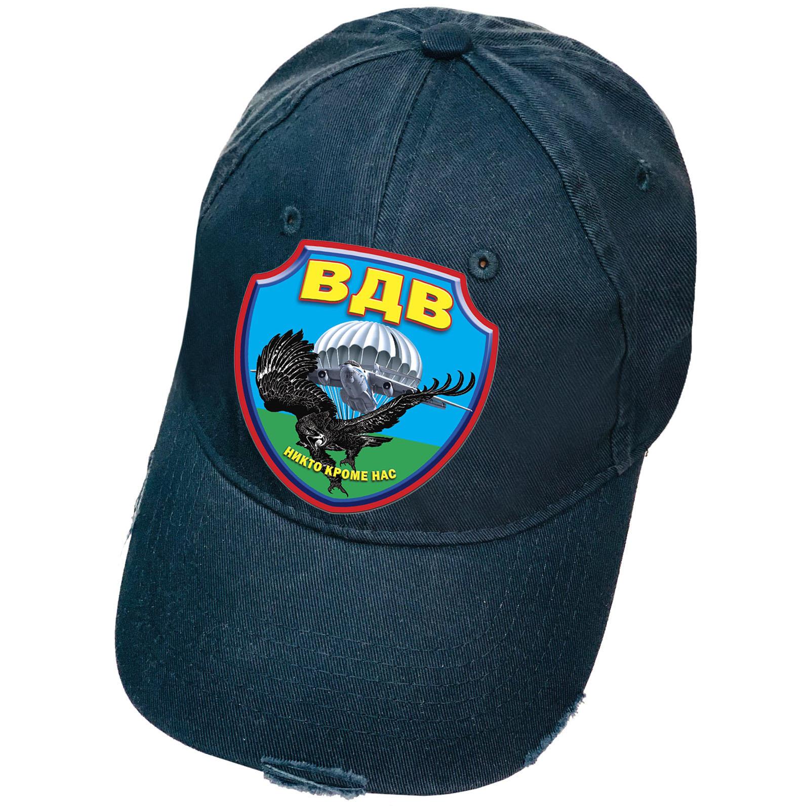 Тёмно-синяя кепка с термоаппликацией ВДВ и рваным козырьком
