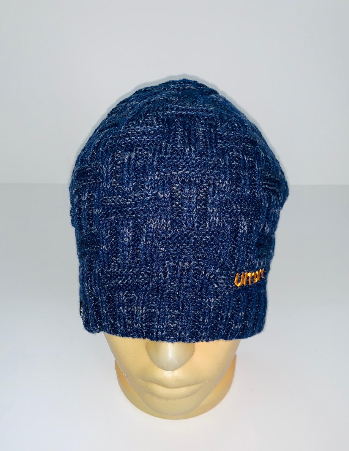 Темно-синяя оригинальная шапка