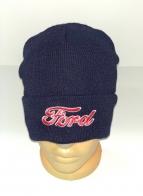 Темно-синяя шапка с вышивкой