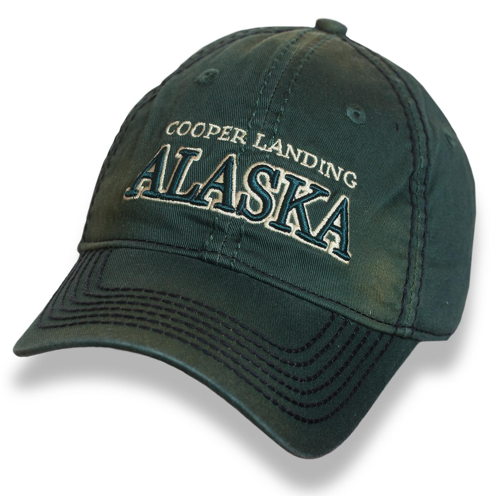 Темно-зеленая бейсболка Alaska с выпуклой вышивкой