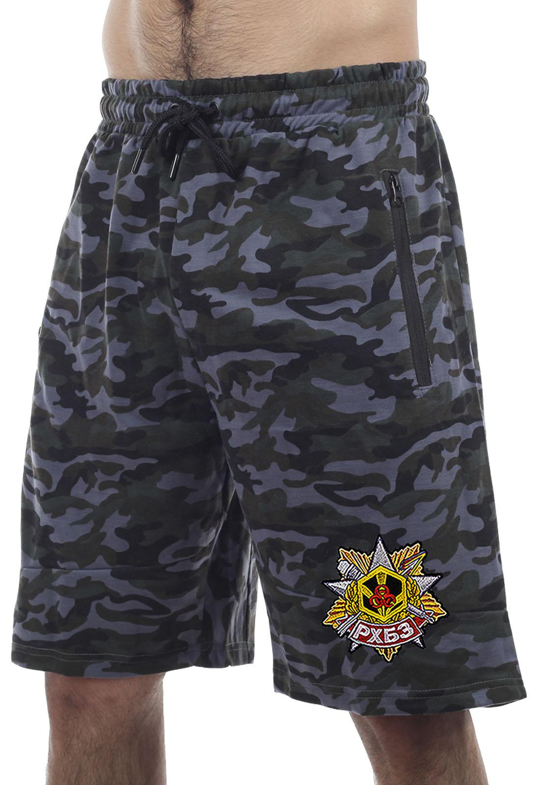Купить темные камуфляжные шорты с карманами  нашивкой РХБЗ оптом или в розницу