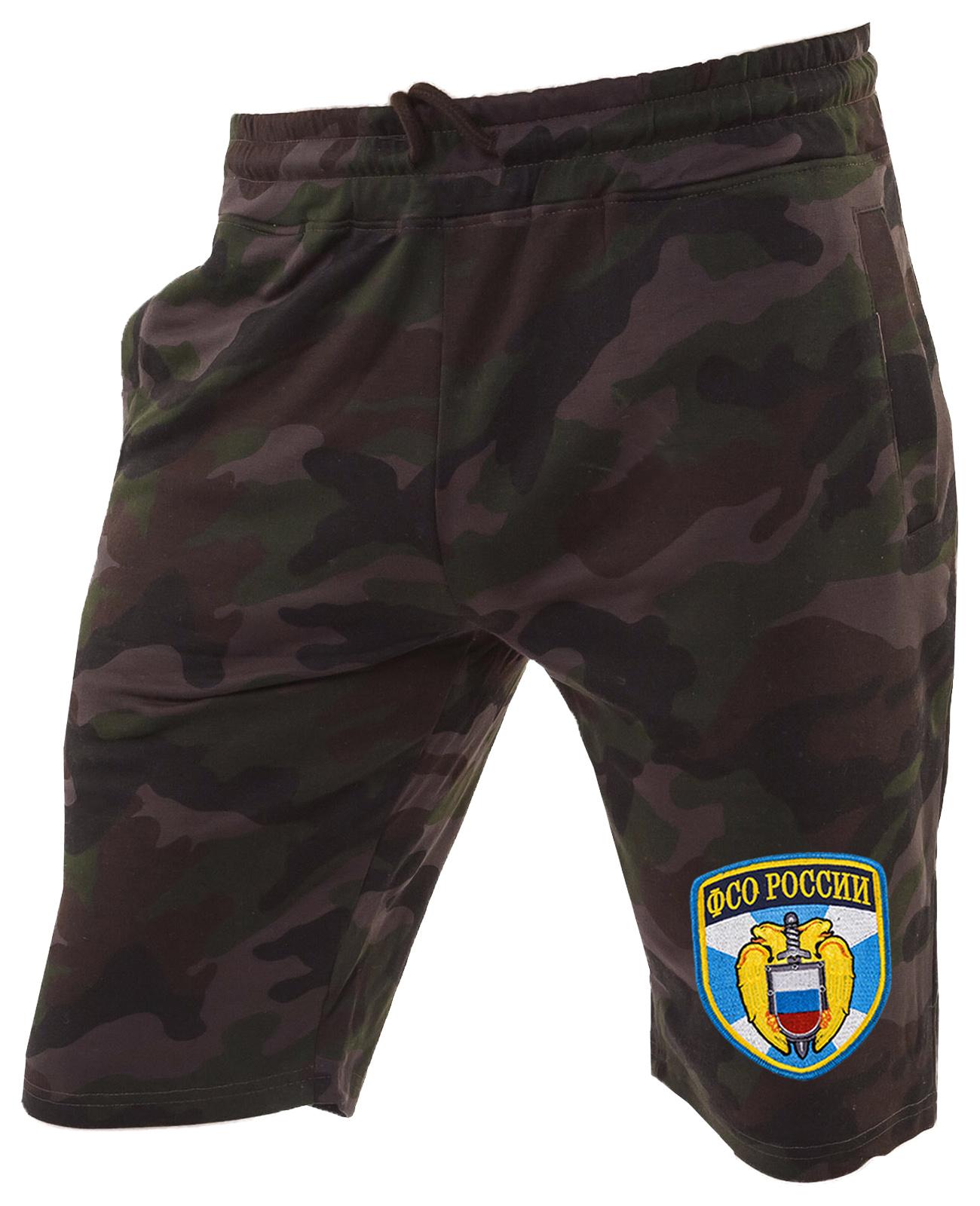 Темные крутые шорты с нашивкой ФСО