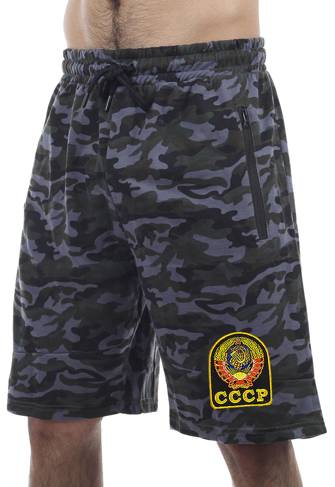 Купить темные оригинальные шорты с нашивкой СССР по лучшей цене