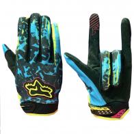 Чопперские перчатки от Clarino с яркими акцентами