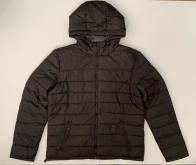 Теплая черная куртка для мужчин