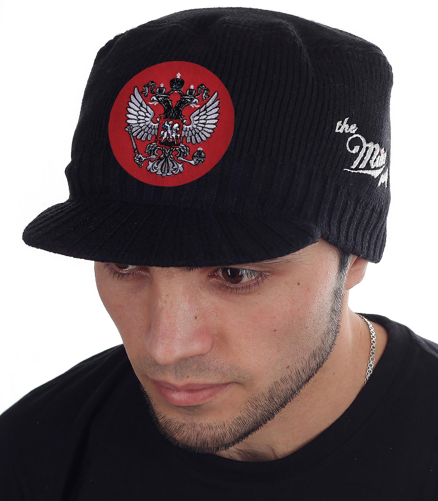 Теплая, мягкая и уютная шапка-кепка Miller Way на холодную погоду и мороз. Патриотическая линейка мужских головных уборов с гербом России от интернет магазина Военпро