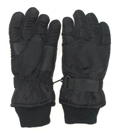 Теплые перчатки черного цвета с манжетами