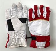 Теплые перчатки красно-белые