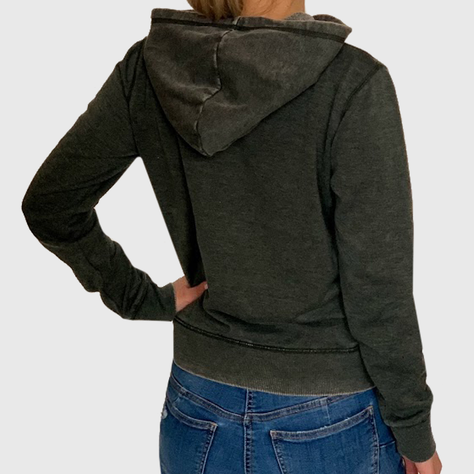 Купить в интернет магазине женскую толстовку с капюшоном