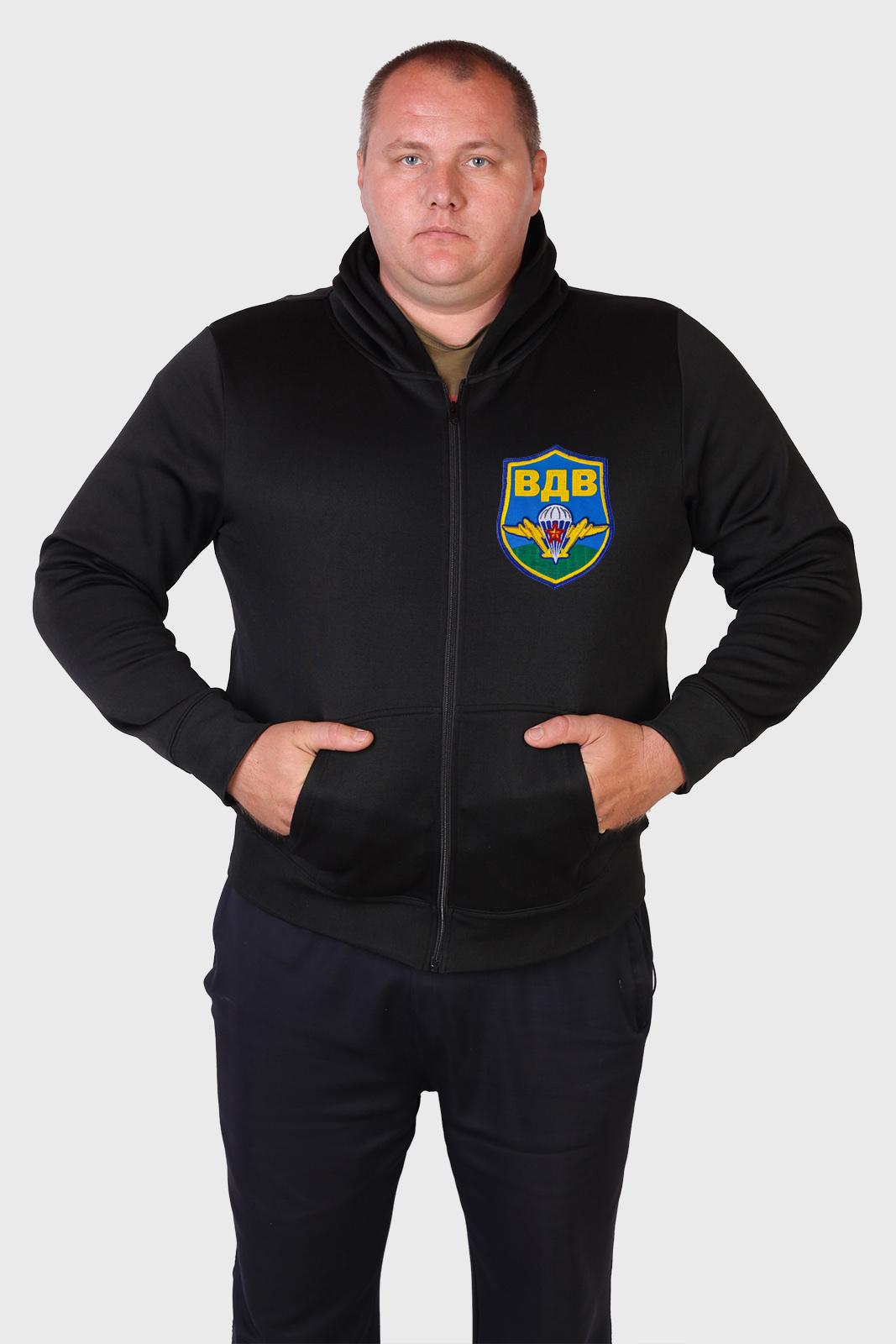 Недорогая мужская толстовка с капюшоном и символикой ВДВ