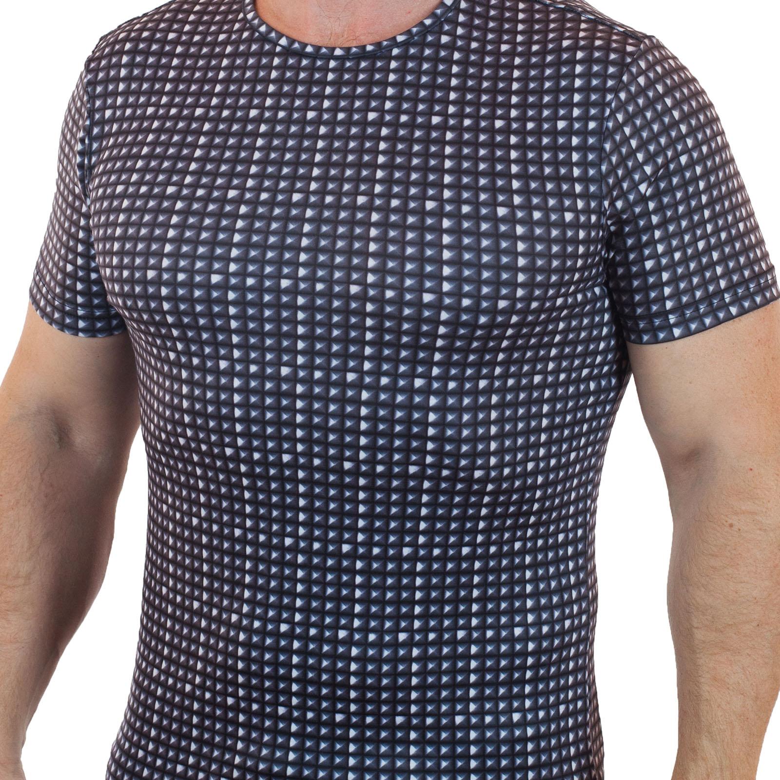 Топовая футболка Splash® для самодостаточных мужчин