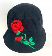 Топовая летняя панама с вышитой розой