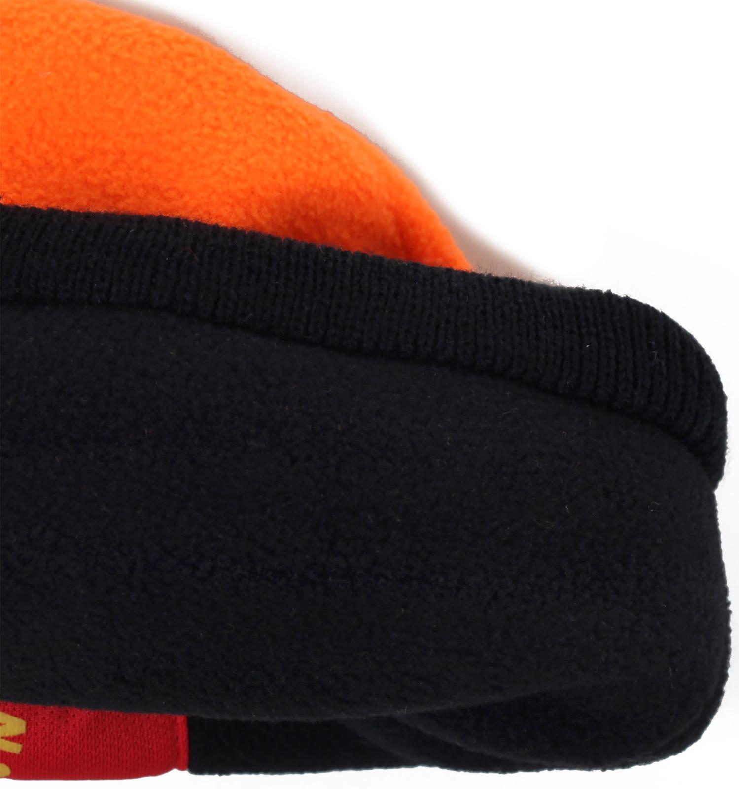 Заказать топовую яркую мужскую шапку утепленную флисом с контрастным отворотом по низкой цене