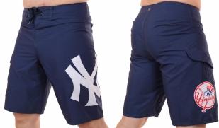 Топовые бордшорты с логотипом бейсбольного клуба MLB New York Yankees - общий вид
