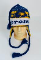 Трехцветная шапка с синими жгутами