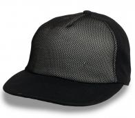 Трендовая черная кепка с прямым козырьком