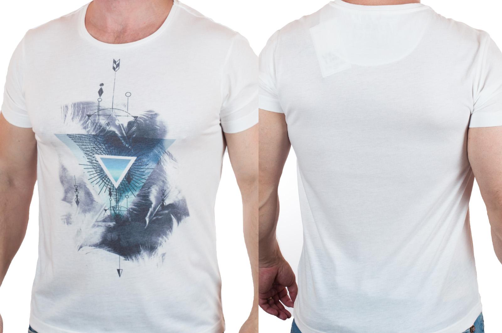 Трендовая футболка от бренда Max Youngmen с доставкой